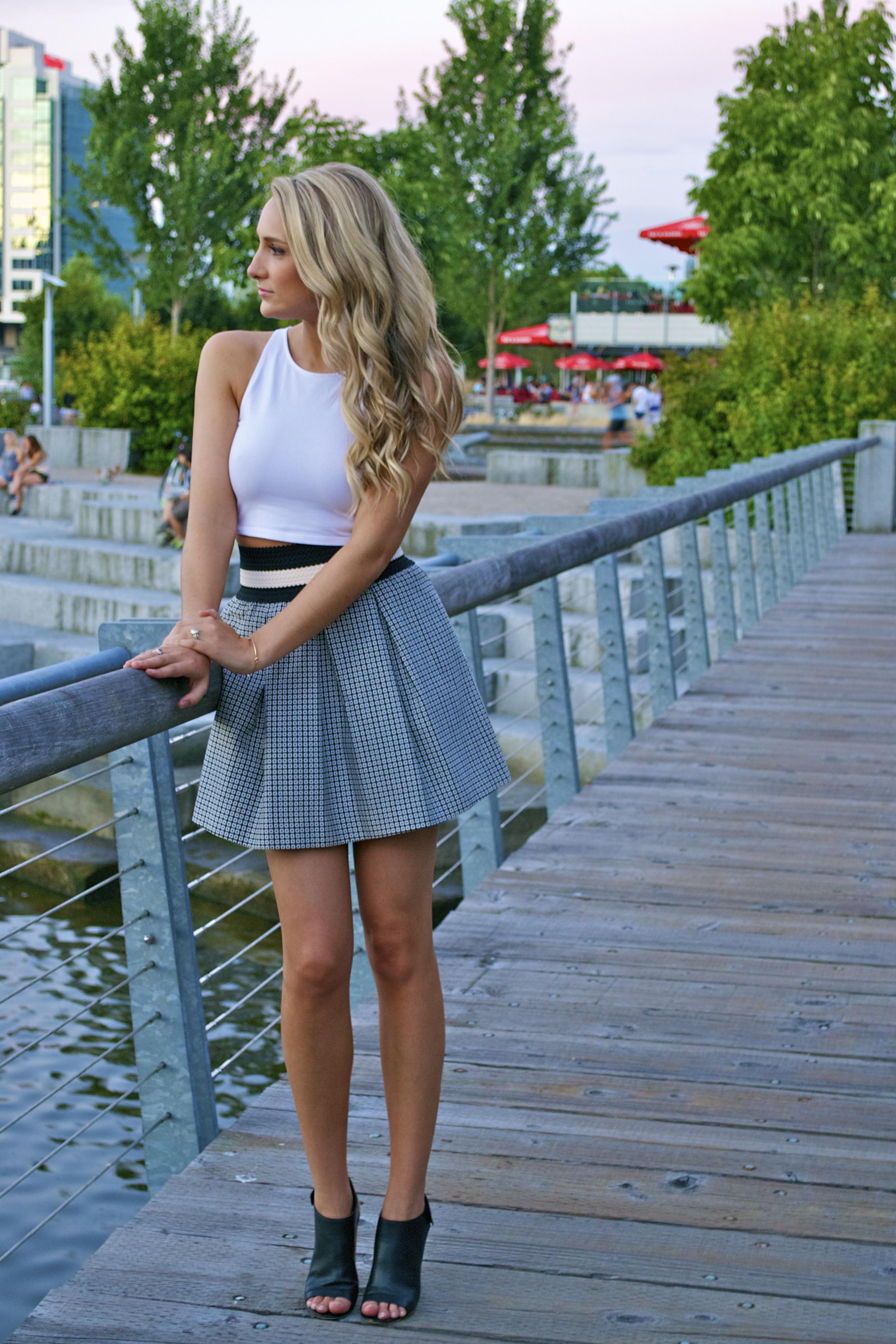 Long Legs Short Skirt Photo Album - Reikian